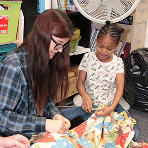 Tussing students make blankets for the homeless